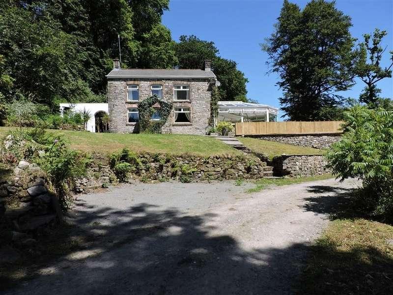 3 Bedrooms Property for sale in Brynhenllys, Ystradowen
