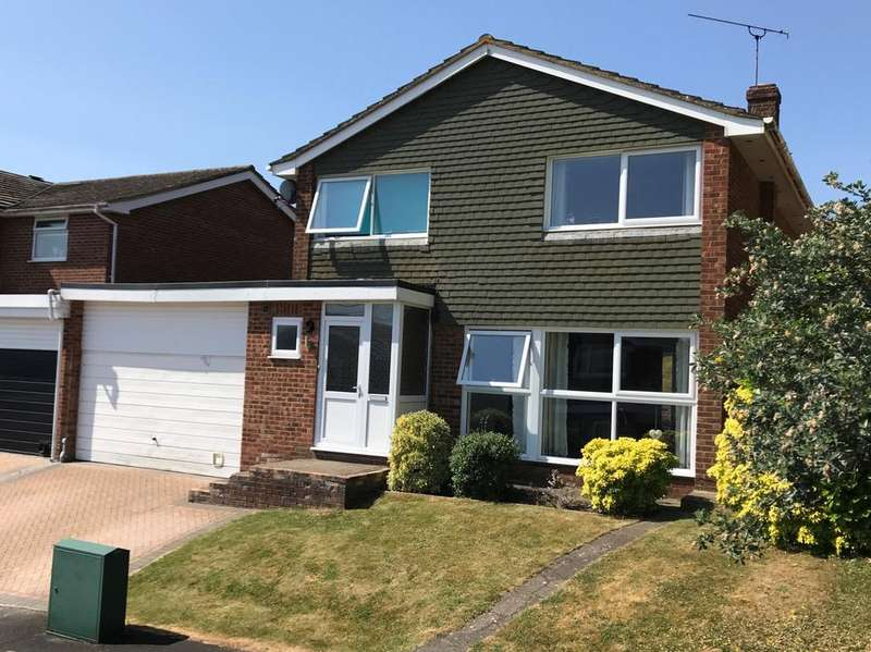 4 Bedrooms Detached House for sale in Meadow View, Marlow Bottom