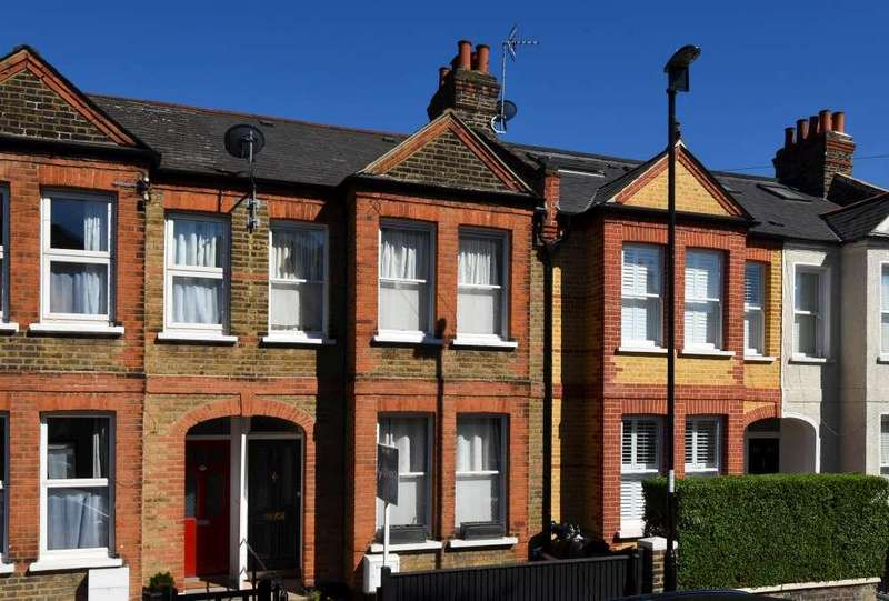 3 Bedrooms Terraced House for sale in Grierson Road