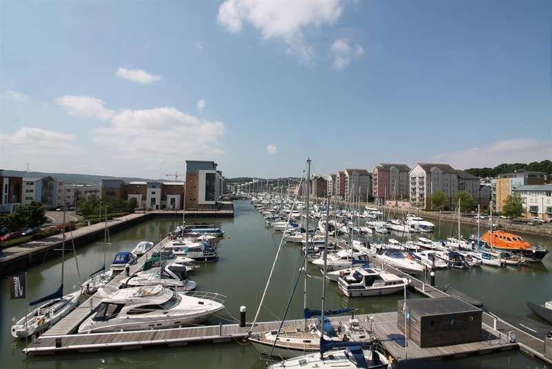 2 Bedrooms Apartment Flat for sale in Newfoundland Way, Portishead, North Somerset, BS20 7QH