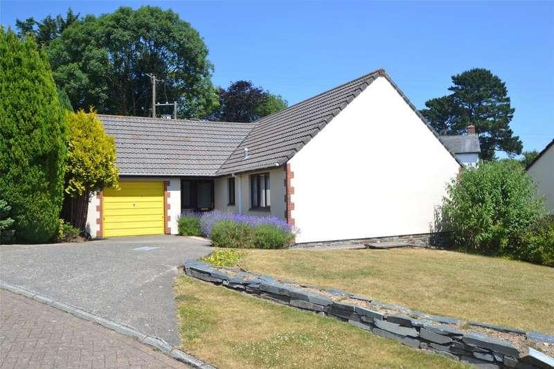 3 Bedrooms Detached Bungalow for sale in Town Meadow, Little Torrington
