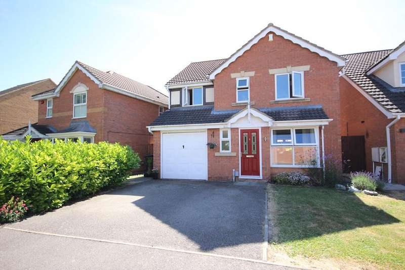 4 Bedrooms Detached House for sale in Smithcombe Close, Barton Le Clay , MK45