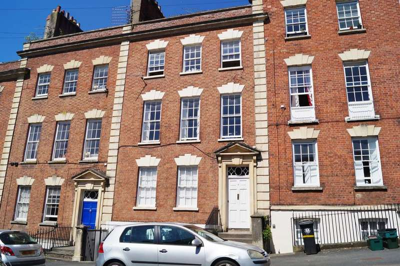 2 Bedrooms Flat for sale in 7 Albermale Row , Clifton , Bristol, BS8