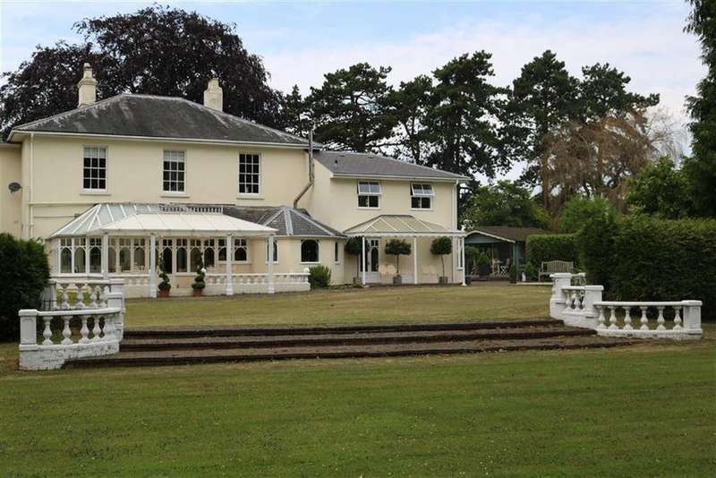 4 Bedrooms Country House Character Property for sale in Lea, Ross-On-Wye, Herefordshire
