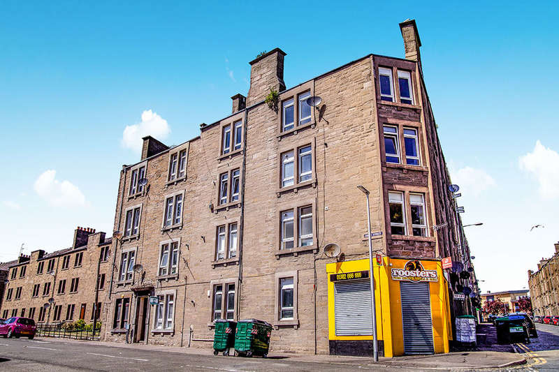 3 Bedrooms Flat for sale in Peddie Street, Dundee, DD1