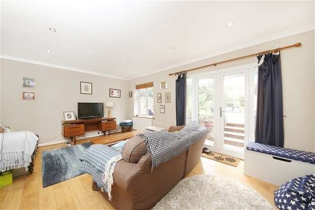 3 Bedrooms Semi Detached House for sale in Kinfauns Road, Tulse Hill