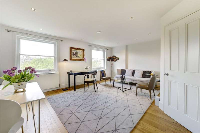 2 Bedrooms Flat for sale in Cadogan Place, Knightsbridge,, London, SW1X