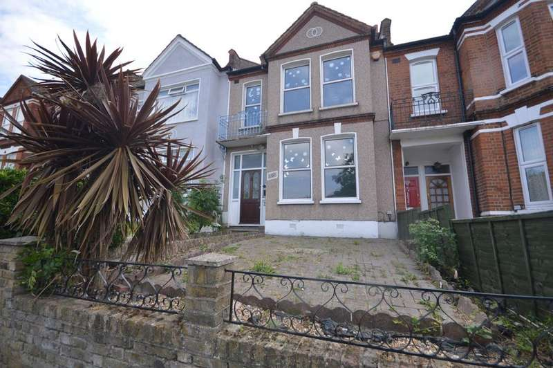 3 Bedrooms House for sale in Ardoch Road London SE6