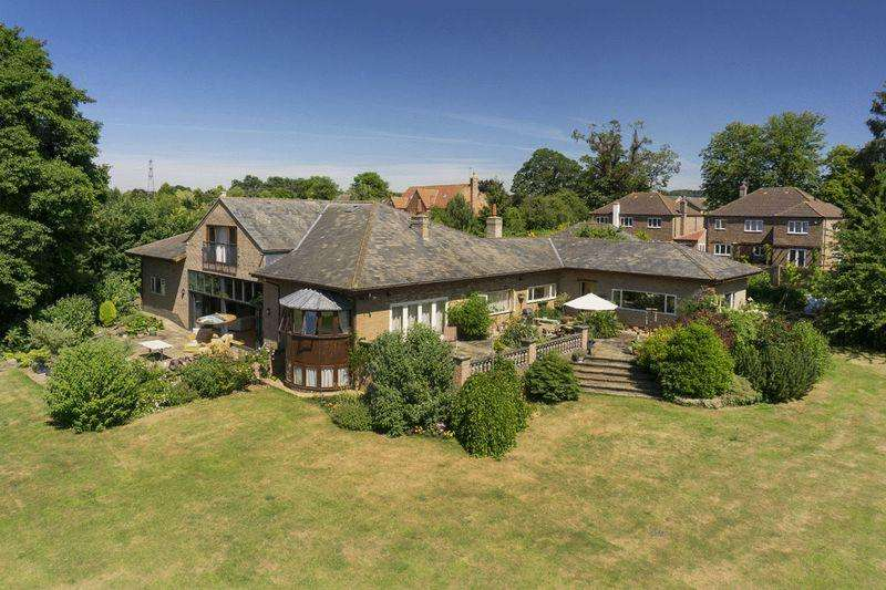 5 Bedrooms Detached House for sale in Grantham