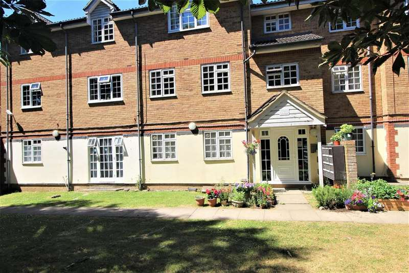 Studio Flat for sale in Eagle Drive, London