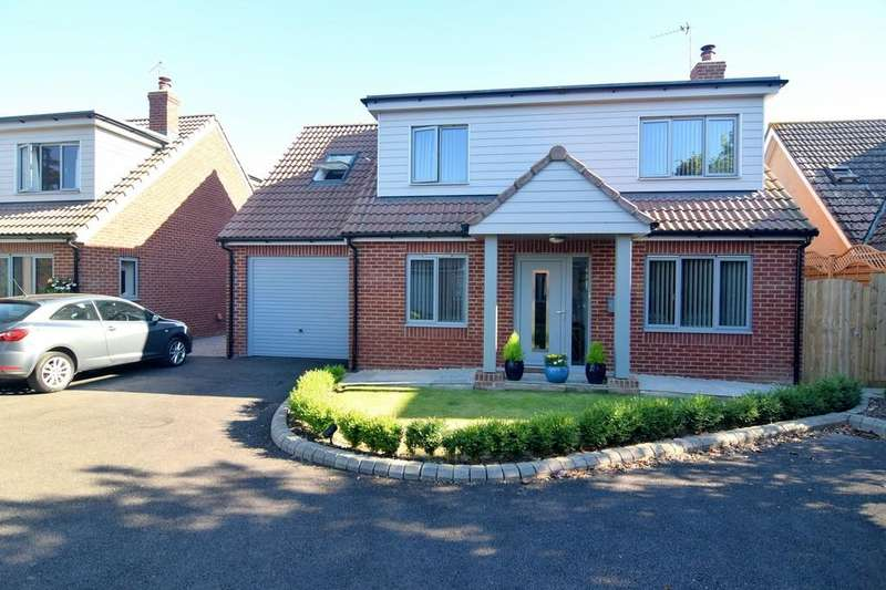 4 Bedrooms Detached House for sale in Brinsea Road, Congresbury