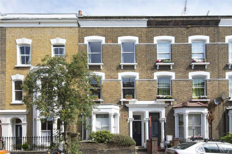 3 Bedrooms Flat for sale in Dunlace Road, London, E5