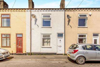 3 Bedrooms Terraced House for sale in Albert Street, Little Lever, Bolton, Greater Manchester, BL3