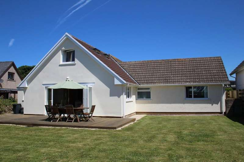4 Bedrooms Detached Bungalow for sale in St. Davids