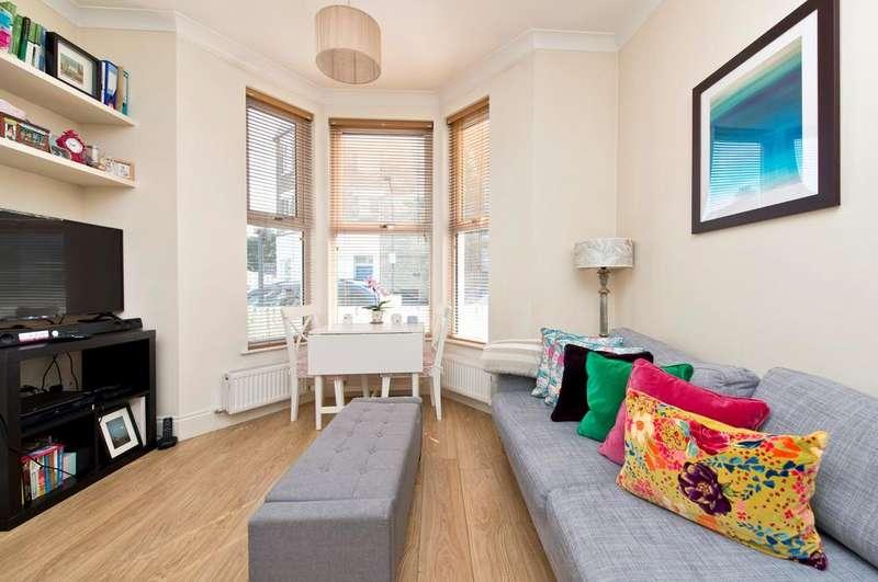 1 Bedroom Flat for sale in Bothwell Street, Hammersmith, London