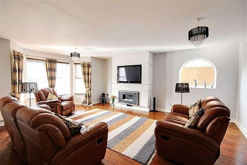 5 Bedrooms Semi Detached House for sale in Bedeburn Road, Jarrow, Tyne Wear