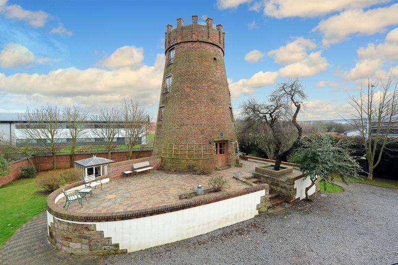 5 Bedrooms Detached House for sale in Hadley Park Windmill, Hadley Park Road East, Telford, Shropshire.