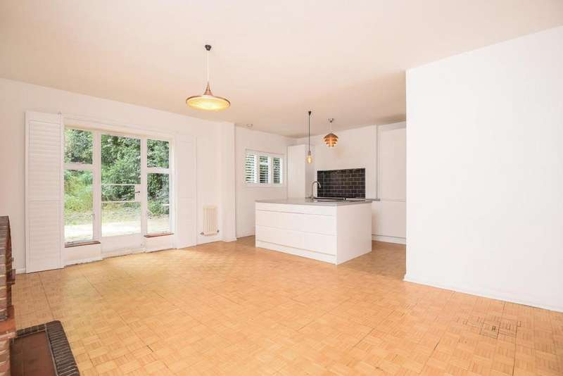 4 Bedrooms Semi Detached House for sale in Crescent Road, Crouch End