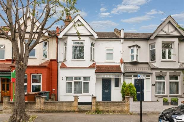 4 Bedrooms Terraced House for sale in Aveling Park Road, Walthamstow, London