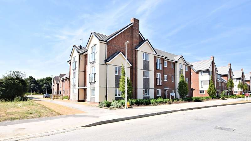 2 Bedrooms Apartment Flat for sale in Fullbrook Avenue, Spencers Wood, Reading, RG7