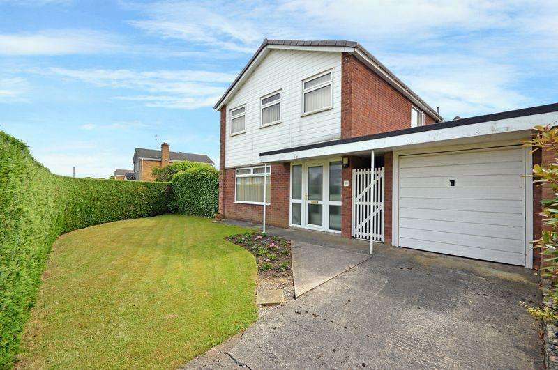 3 Bedrooms Detached House for sale in Rookery Way, Bristol