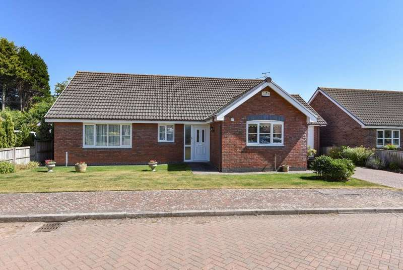 3 Bedrooms Detached Bungalow for sale in Hay on Wye 8 miles, Peterchurch, HR2
