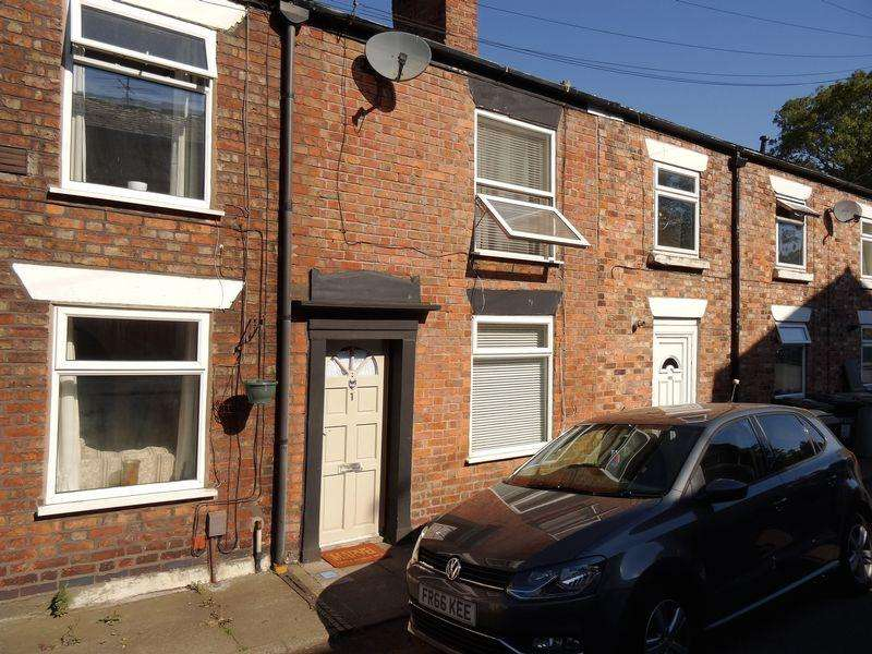 2 Bedrooms Terraced House for sale in Hope Street, Macclesfield
