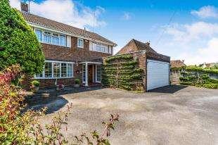 4 Bedrooms Detached House for sale in Crossbush Road, Felpham, Bognor Regis, West Sussex