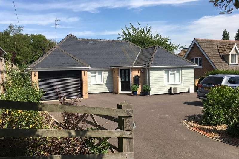 3 Bedrooms Detached Bungalow for sale in Petticoat Lane, Bury St Edmunds IP33
