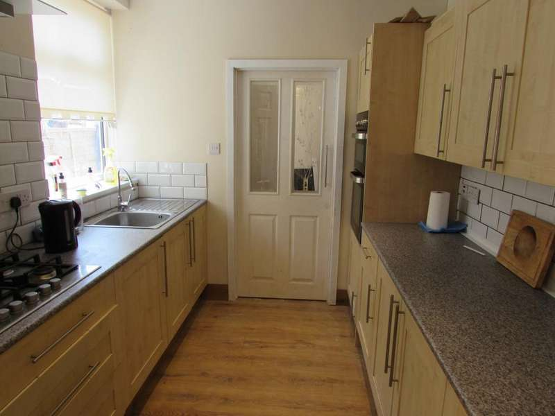 2 Bedrooms House for sale in Strode Road, Stamshaw, Portsmouth, PO2