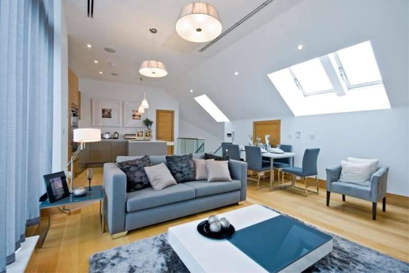 3 Bedrooms Flat for sale in Sugar House, Leman Street, London, E1