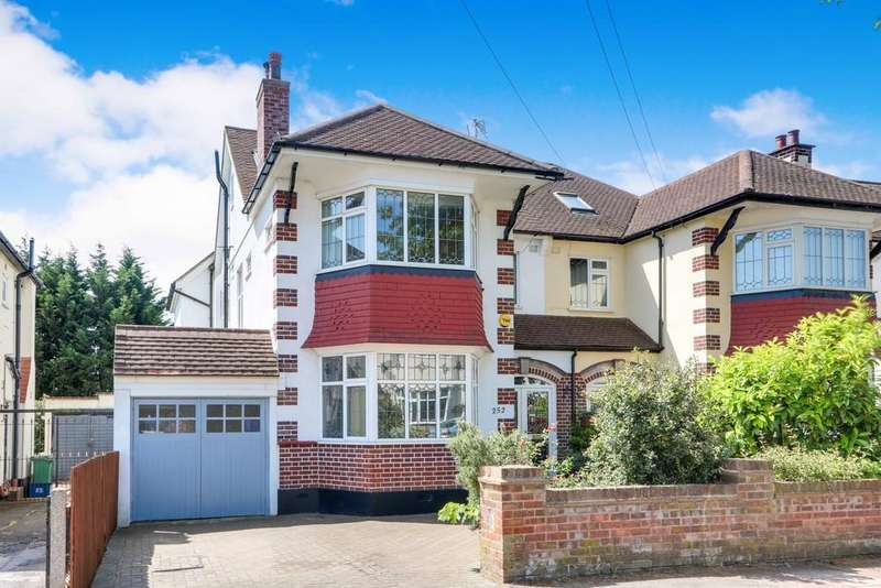 6 Bedrooms Semi Detached House for sale in Marine Estate, Leigh-On-Sea, Essex