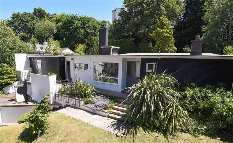 4 Bedrooms Detached House for sale in Lower Erith Road, Torquay, TQ1