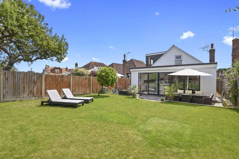 5 Bedrooms Detached House for sale in Queens Drive, Surbiton