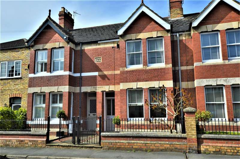 3 Bedrooms Terraced House for sale in Queen Street, Stamford