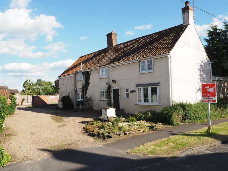 4 Bedrooms Property for sale in Hives Cottage, North Scarle, Lincoln