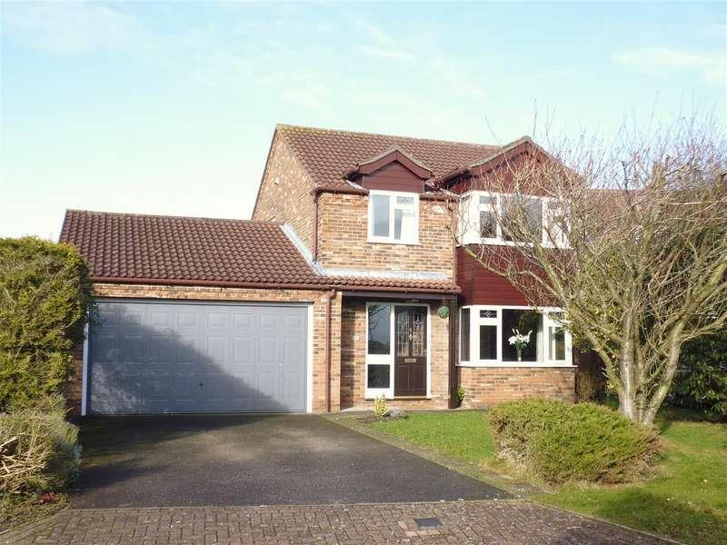4 Bedrooms Property for sale in Herrington Avenue, Nettleham, Lincoln