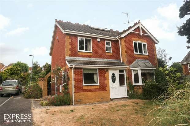 4 Bedrooms Detached House for sale in Bartley Mill Close, Stone Cross, Pevensey, East Sussex