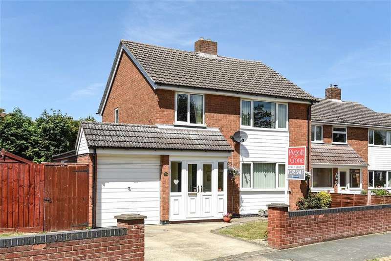 3 Bedrooms Detached House for sale in Minster Drive, Cherry Willingham, LN3