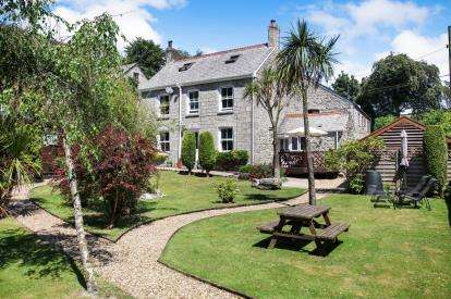 2 Bedrooms Detached House for sale in St. Austell, Cornwall, St. Austell