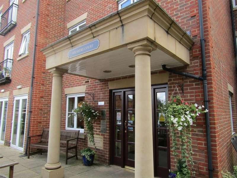 1 Bedroom Retirement Property for sale in Wilshere Court, Queen Street, HITCHIN, Hertfordshire