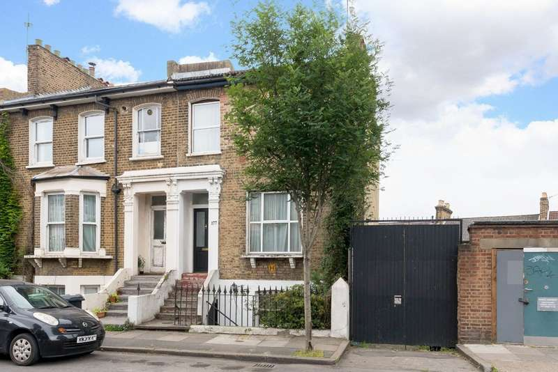 3 Bedrooms Semi Detached House for sale in Shardeloes Road, London