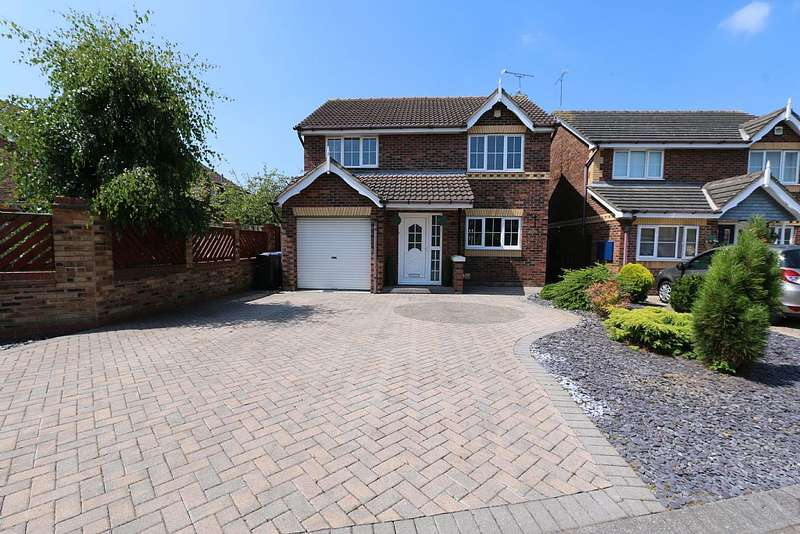 4 Bedrooms Detached House for sale in Fair Holme View, Armthorpe, Doncaster, South Yorkshire, DN3