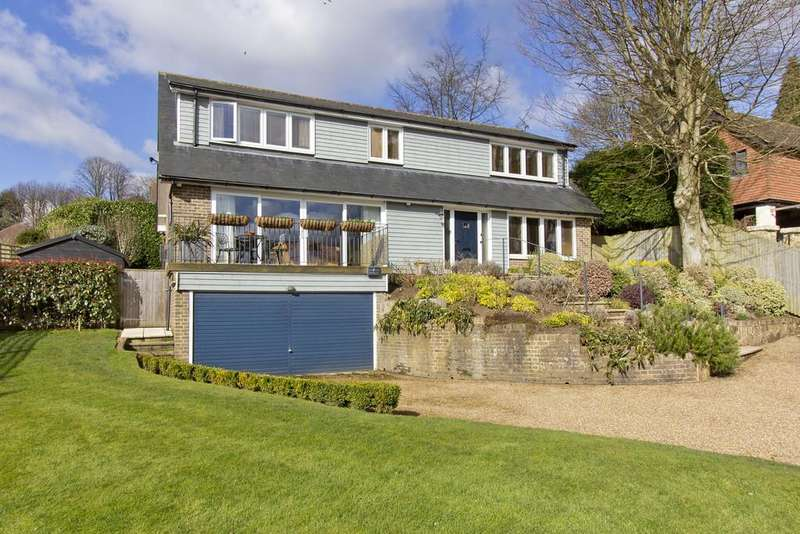 4 Bedrooms Detached House for sale in Harlequin Lane, Crowborough