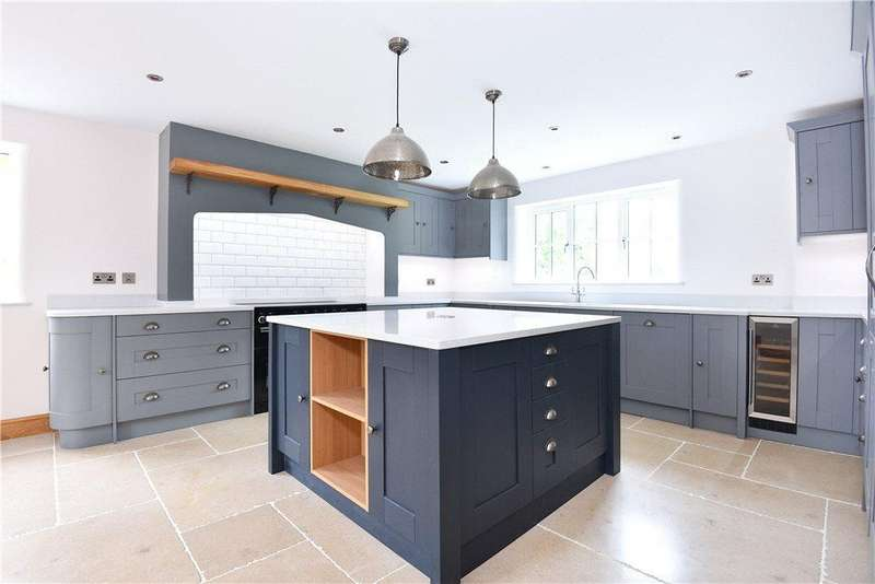5 Bedrooms Detached House for sale in The Coach House, Paxford, Gloucestershire, GL55