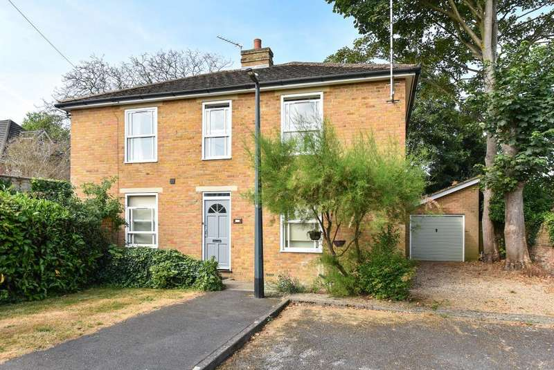 4 Bedrooms Detached House for sale in Riseley Road, Maidenhead, SL6