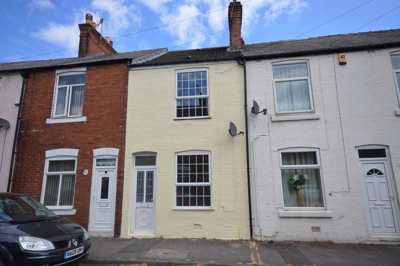 2 Bedrooms Terraced House for sale in Hawthorne Street, Chesterfield, S40 2EG