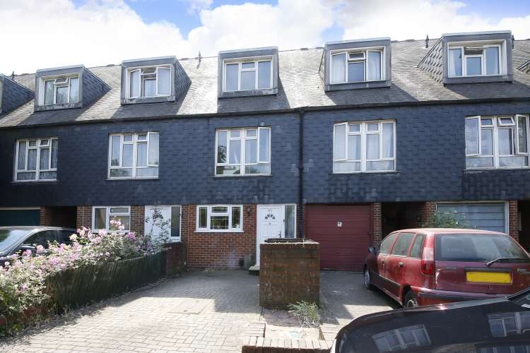 4 Bedrooms House for sale in Ludwick Mews New Cross SE14