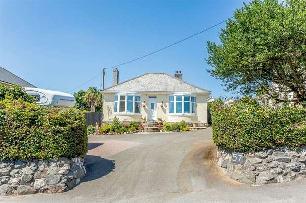 3 Bedrooms Detached Bungalow for sale in Edgcumbe Road, St Austell, Cornwall