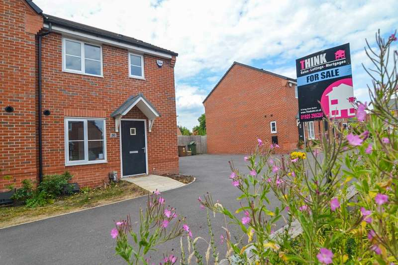 3 Bedrooms Semi Detached House for sale in Cardinal Way, Newton-Le-Willows